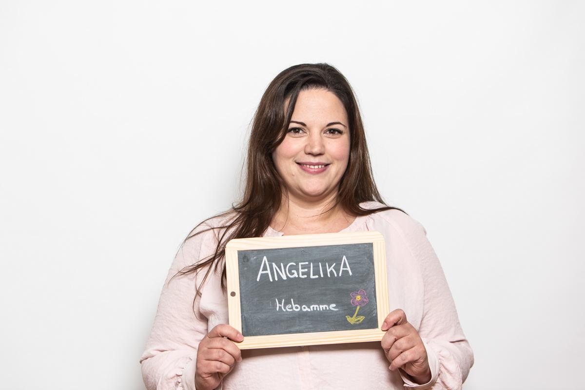 Hebamme-Angelika